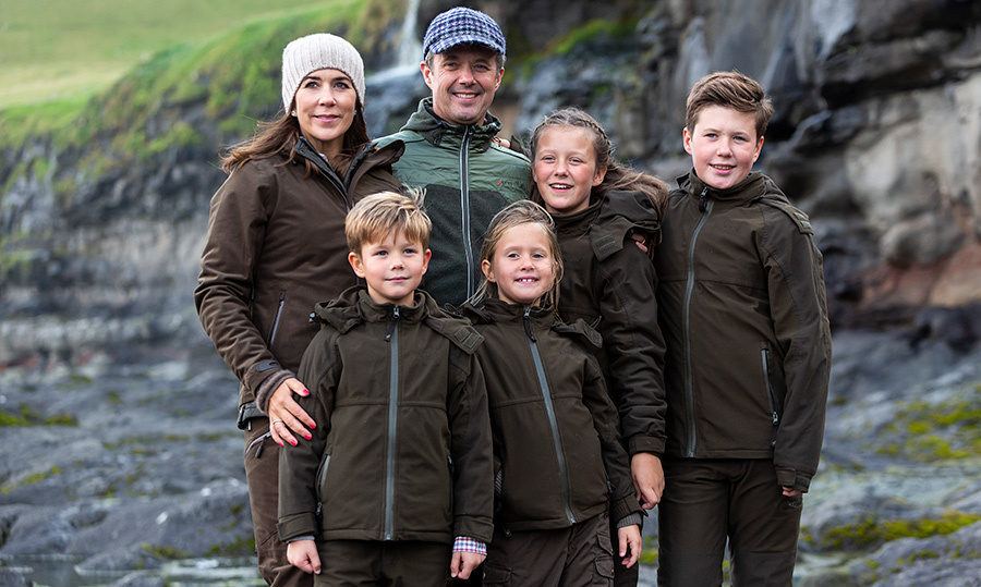 The royal family stopped by the village of Mikladalur near Klaksvig, where they saw the statue at the sea of Kopakonan, meaning the Seal Woman – a mythological character known to all on the Faroe Islands.