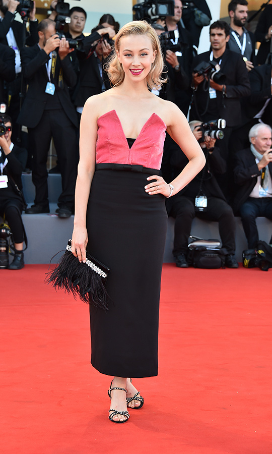 <strong>Sarah Gadon</strong>