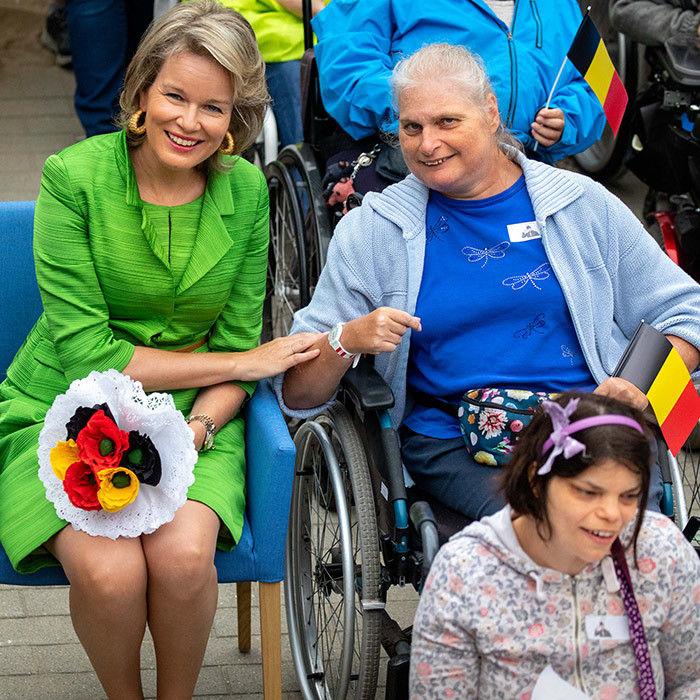 Queen Mathilde stopped by a holiday camp at Ter Helme on Sept. 4 and spent some time interacting with those involved.