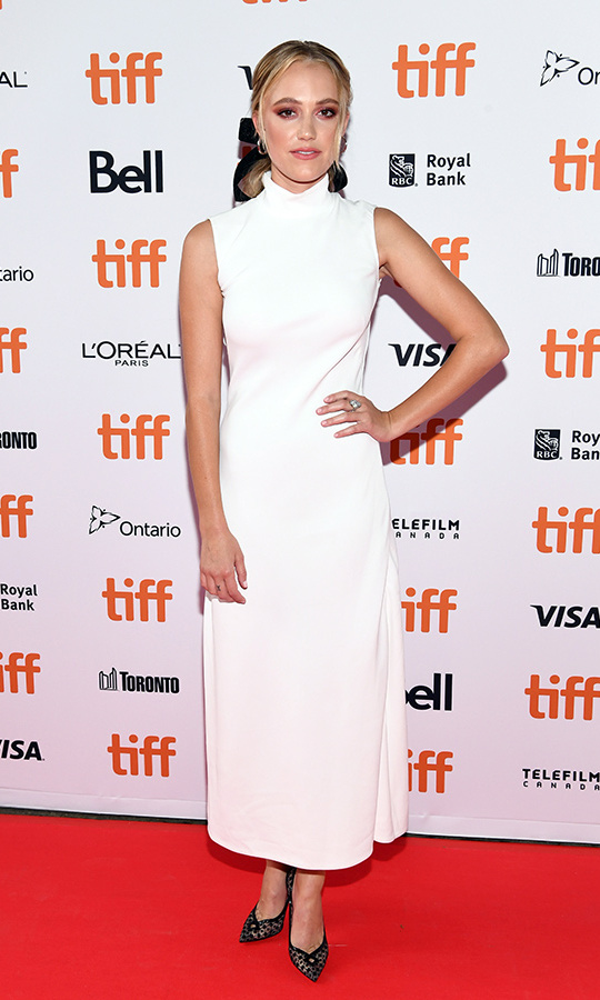 <h2>Maika Monroe</h2>