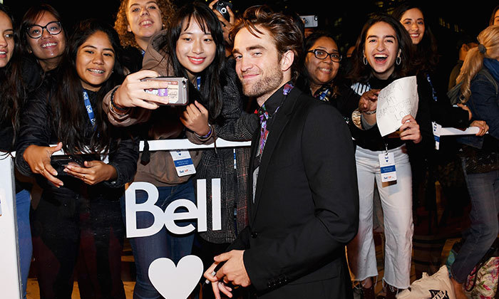 It was pandemonium during Robert Pattinson's red carpet appearance for his film, <em>High Life</em>.