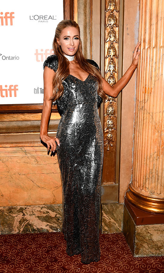 <h2>Paris Hilton</h2>