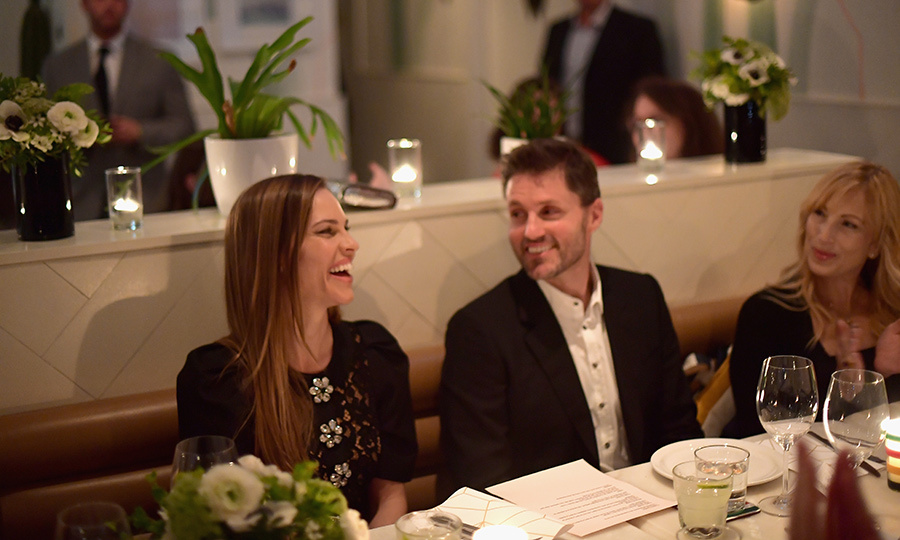 Hilary Swank shared a laugh with fellow guests at the gorgeous dinner celebrating <em>Colette</em> and <em>What They Had</em>, hosted by The Hollywood Reporter and Hudson's Bay. 