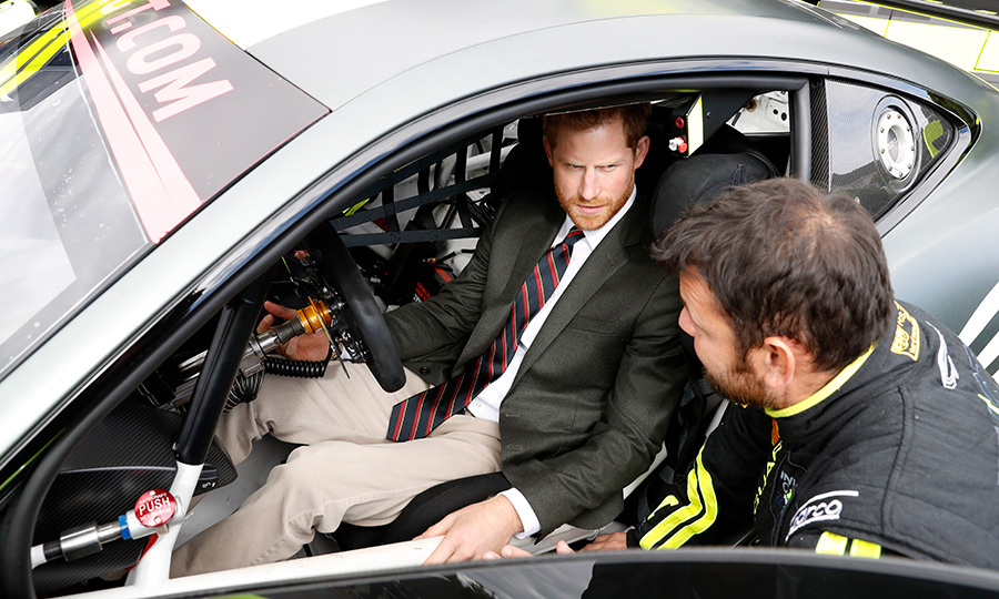 The Duke of Sussex took a spot in the driver's seat in one of the Invictus racing cars.
