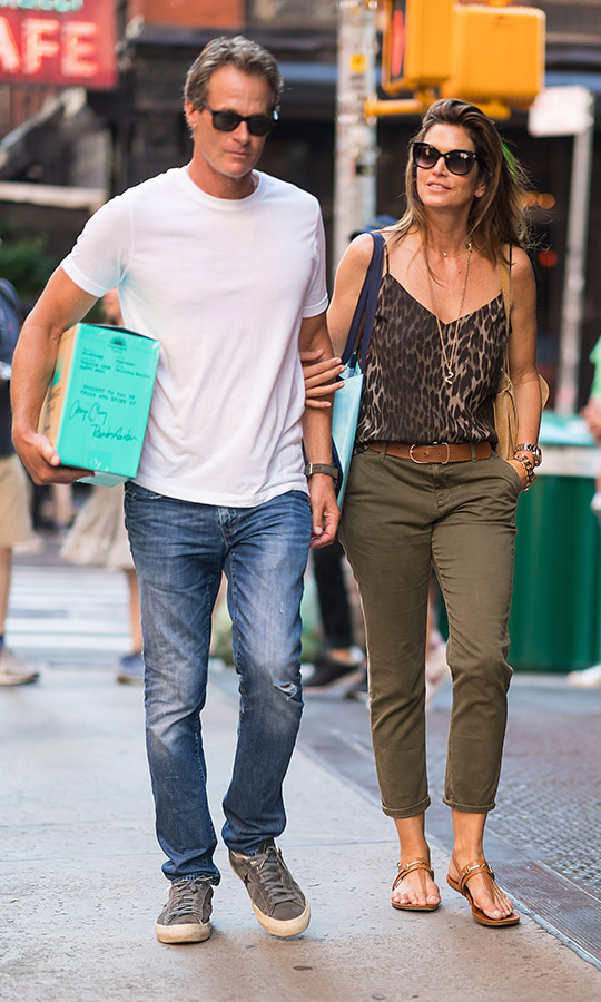<h2>RANDE GERBER AND CINDY CRAWFORD</h2>