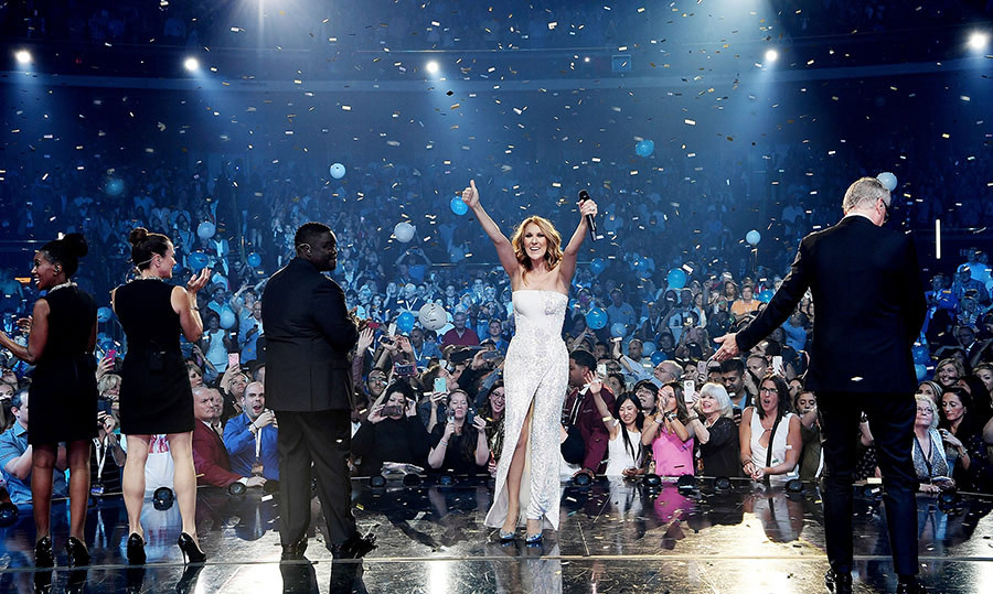 Now <em>that</em>'s a milestone! Confetti filled The Colosseum at Caesars Palace as the mother of three celebrated her 1,000th show in Las Vegas on October 8, 2016!