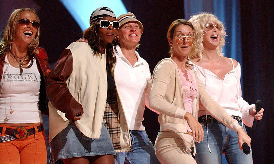 Anastacia, Mary J. Blige, Ellen DeGeneres, Celine and Cher rehearsed together for the 2002 VH1 Divas concert, each looking cooler than the next!