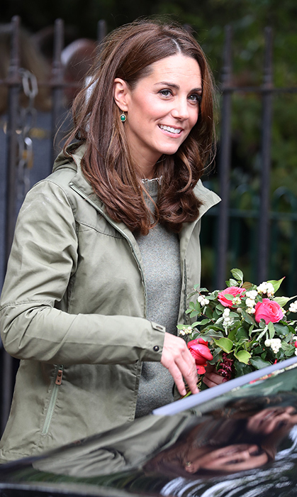 As she arrived for a day of gardening fun with excited schoolchildren, fans instantly noticed the duchess's new 'do. Having cut an inch or two off her mane, Kate's locks fell just past her shoulders in the softest of tousled waves. And the colour is sheer perfection! Giving her hair some dimension with a smattering of copper lowlights, including a few that frame her beautiful face, the hue is spot on for the season.