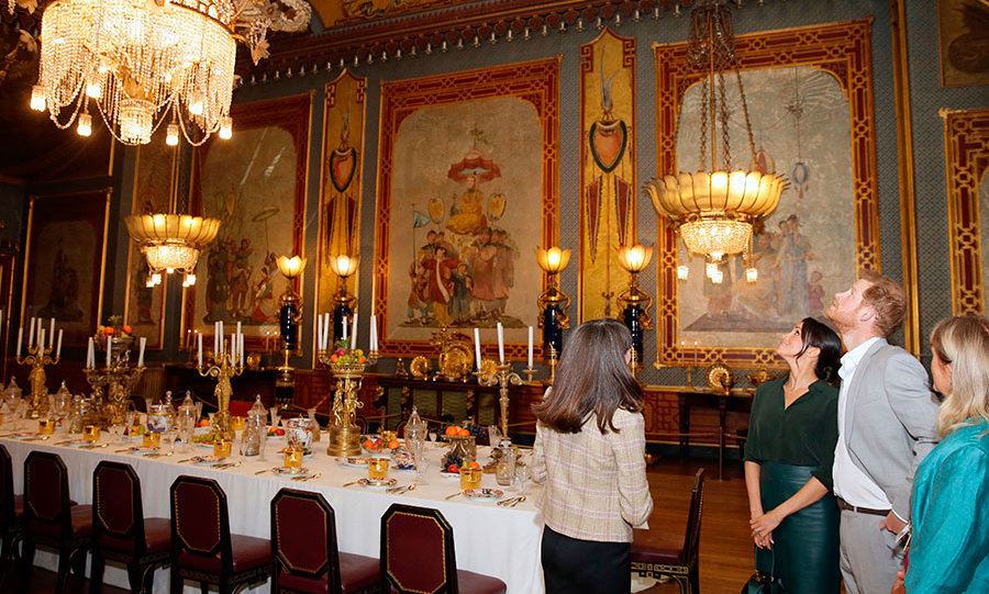 The couple marvelled at the Brighton landmark's luxurious dining room.