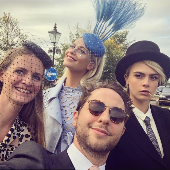 "Writer Derek Blasberg spent the day with the Delevingnes - Chloe, Poppy and Cara - sharing this sweet selfie outside the castle. The trio's model-actress member, Cara, wore one of the days most <a href=""https://ca.hellomagazine.com/fashion/02018101247842/cara-delevingne-tuxedo-top-hat-royal-wedding/"">buzzed-about looks in a tuxedo and top hat</a>. 