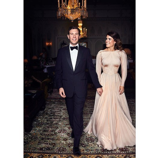 <h2>HER SECOND WEDDING DRESS</h2>