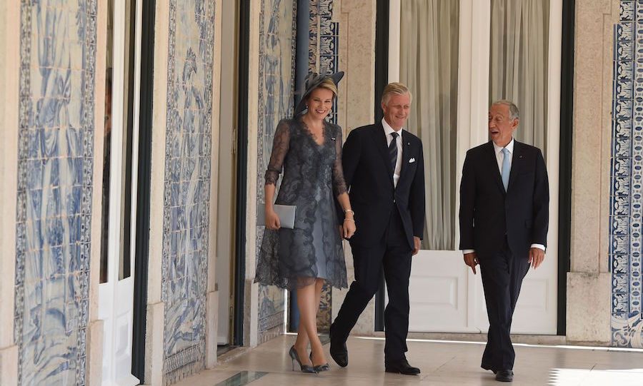 Portuguese president Marcelo Rebelo de Sousa chatted with King Philippe and Queen Mathilde of Belgium at the Belem presidential palace in Lisbon on Oct. 22.