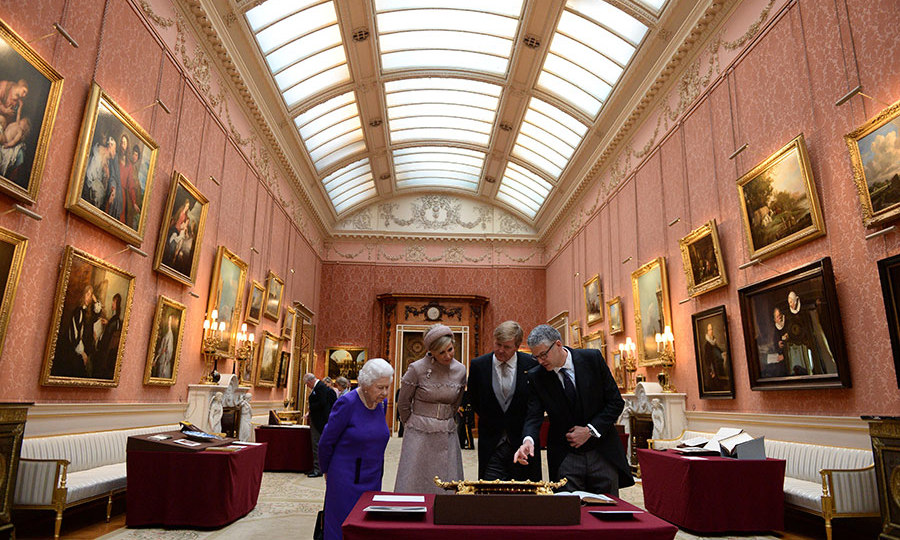 The royals made their way through a Dutch-themed exhibition in the picture gallery. Earlier in the day, the Queen honoured King Willem-Alexander by appointing him a supernumerary Knight of the Garter. 