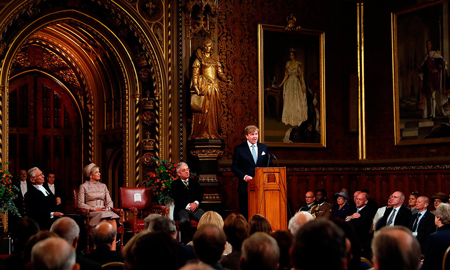 In the sweeping Royal Gallery at the Palace of Westminster, King Willem-Alexander gave a speech to parliamentarians and John Bercow, Speaker of the House of Commons.
