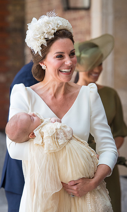 Kate wore this style for Prince Louis  christening. Photo  © Getty Images cdb2e369392