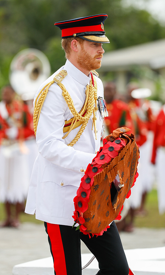 "Prince Harry laid a wreath for the fallen soldiers of Fiji, a country that still has British military ties to this day. The British army currently counts 1250 Fijians among its members. He included a note that read: ""In grateful memory of those who made the ultimate sacrifice inthe service of their country. Loloma kei na masu [Love and prayers].""