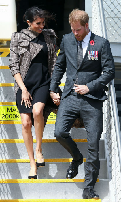 Prince Harry and Meghan arrived in Wellington on Oct. 28 to kick off their visit to the fourth and final country on their busy roster: New Zealand. After a quick outfit change on the plane they were ready for a busy day, which included a welcome ceremony, wreath laying, walkabout and a glitzy evening reception. 