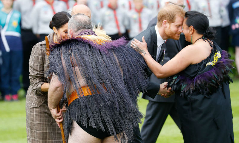 The couple received hongis from traditional Maori performers.