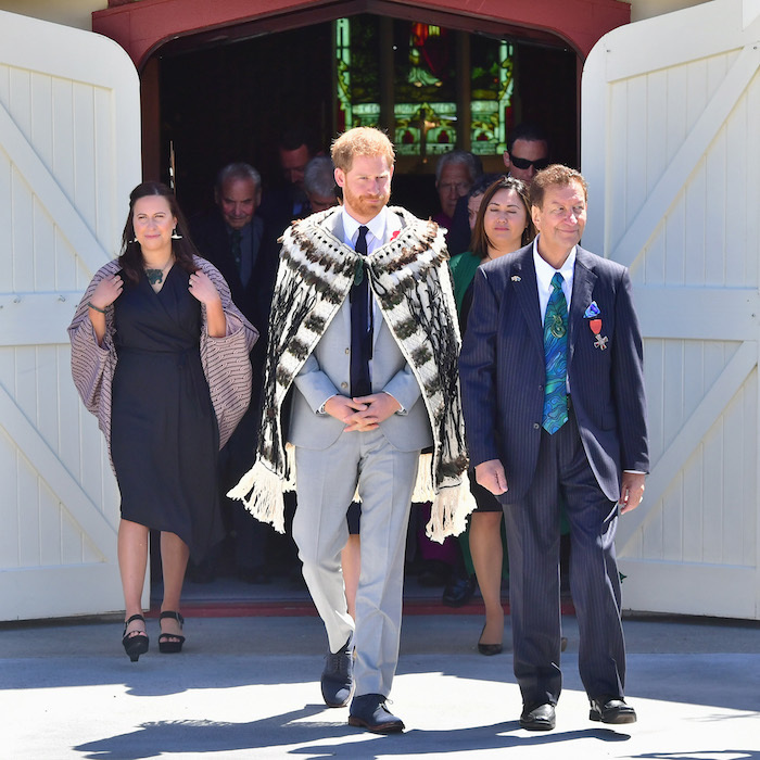 Future dad Prince Harry left the Te Papaiouru Marae – a meeting house of the Ngati Whakaue subtribes – to watch a group of local performers outside.