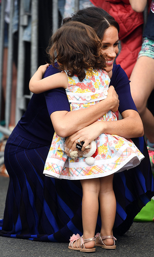 Meghan shared the sweetest hug with a little fan in Rotura!