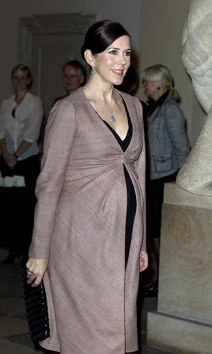 <h2>Crown Princess Mary, 2010</h2>