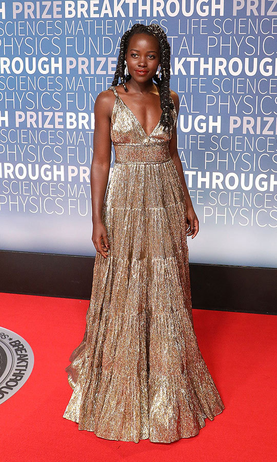 Lupita Nyong'o was a golden goddess in Oscar de la Renta at the 2019 Breakthrough Prize event, which recognizes the world's top scientists. 