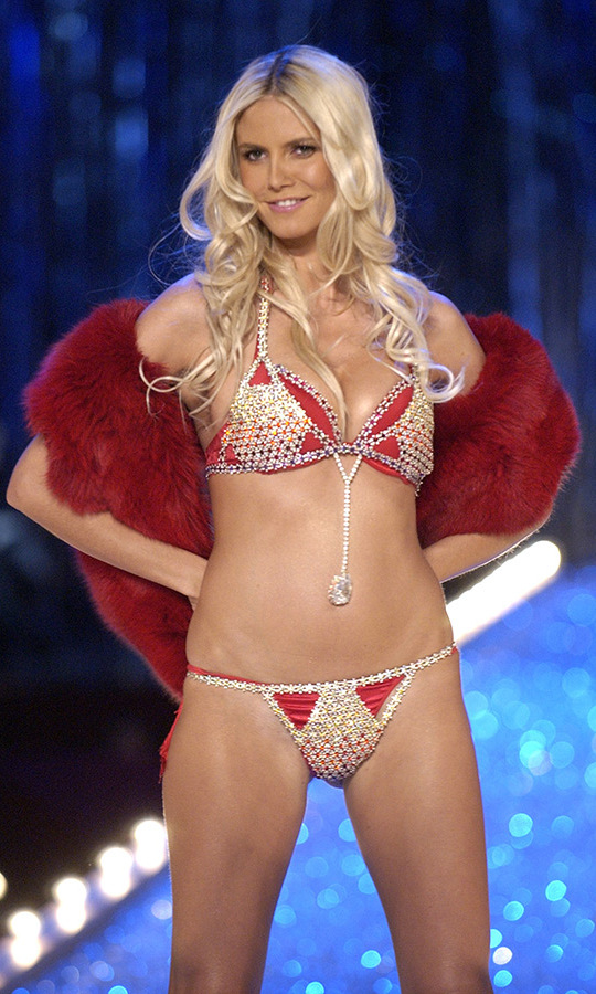 <h2>Heidi Klum, 2003</h2>