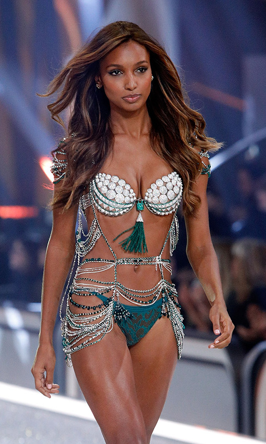 <h2>Jasmine Tookes, 2016</h2>