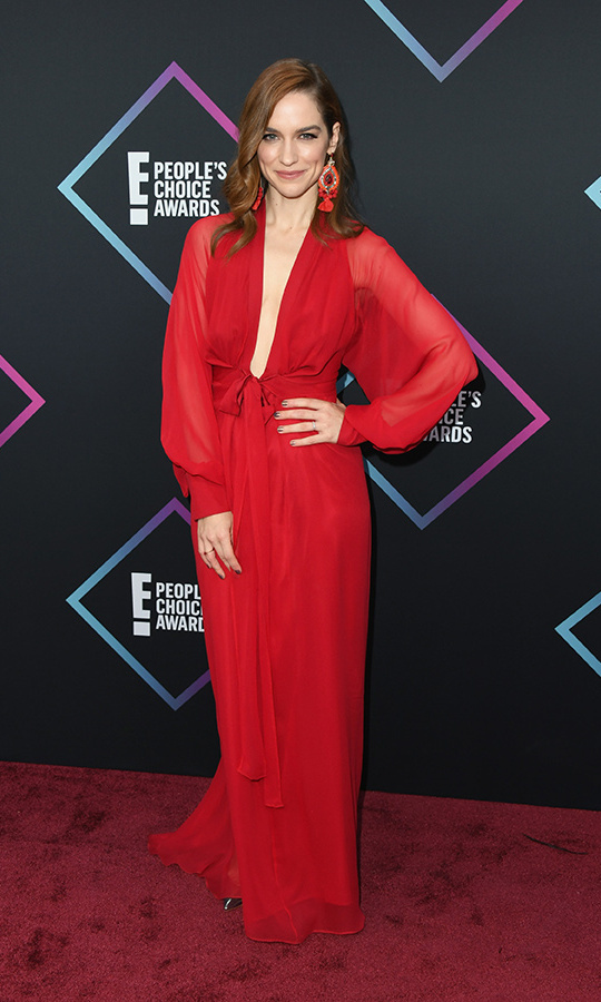 Melanie Scrofano in Nonie