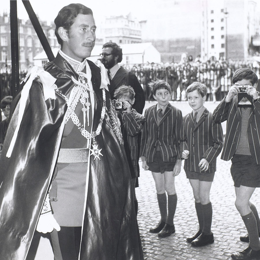 <h2>FAN FEVER</h2>