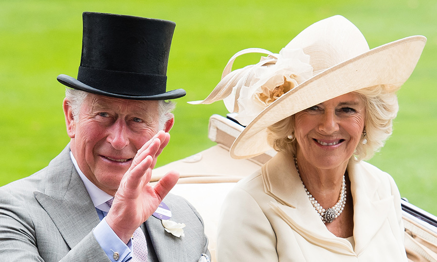<h2>AN ELEGANT ARRIVAL</h2>