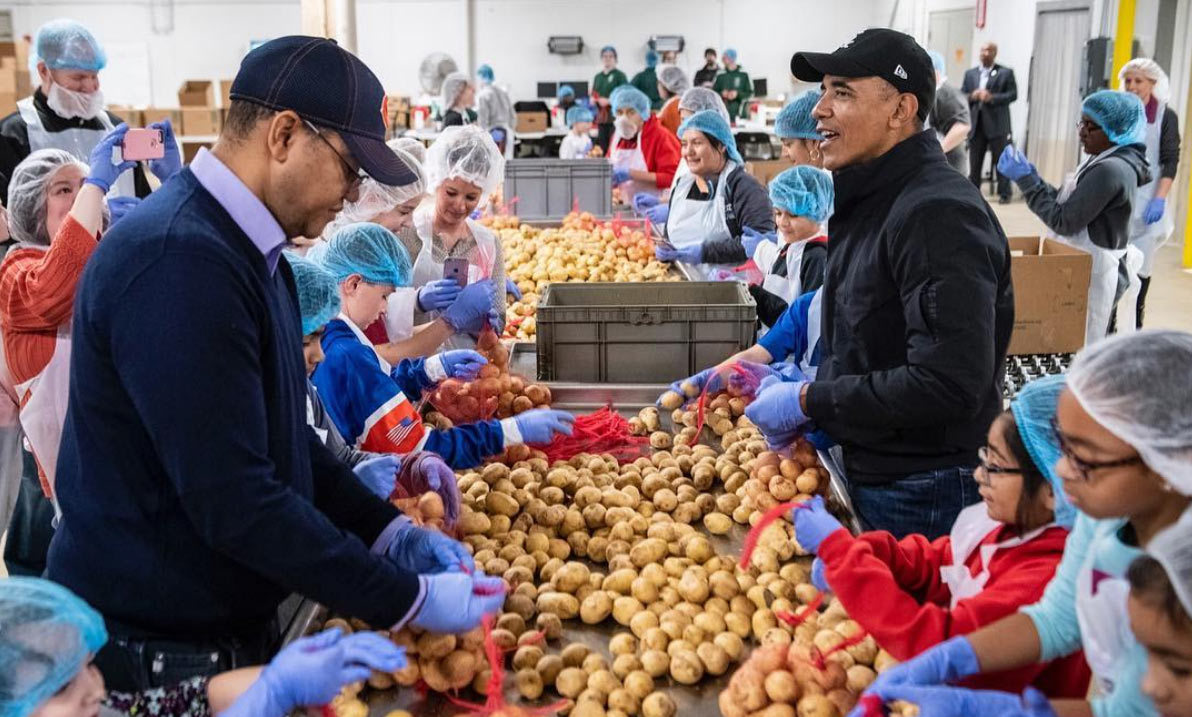 "Former US president Barack Obama didn't forget to give back, either. The politician was spotted sorting potatoes into sacks for those in need. He shared a photo on Instagram, writing: ""I am grateful for the next generation of leaders who are doing the work to create the world as it should be. Our young people—tolerant, creative, idealistic—remind us that the best way to honor our communities is to serve them. They understand that hope requires action. From the Obama family to yours, Happy Thanksgiving.""