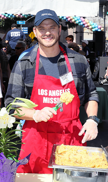 <em>Twilight</em>'s Kellan Lutz served up some sweet potato mash while giving back at the Mission!
