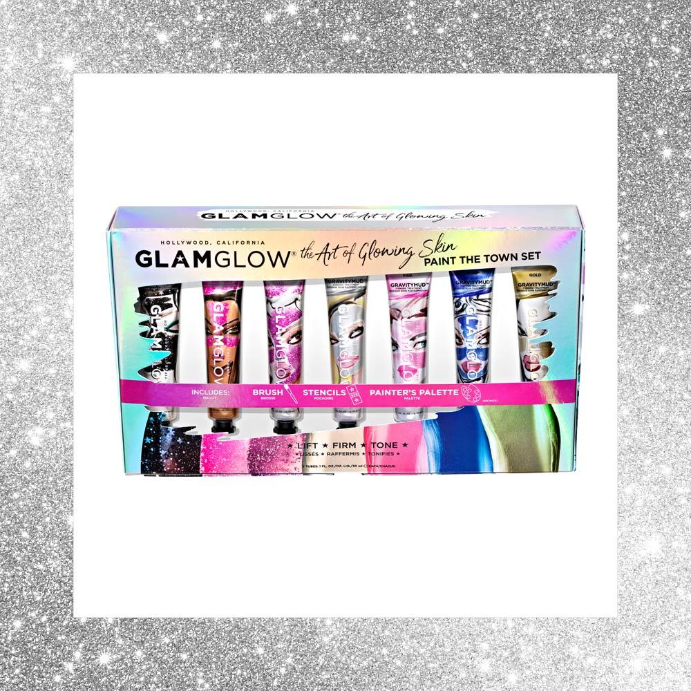 <h2>A SPLASH OF COLOUR</h2>