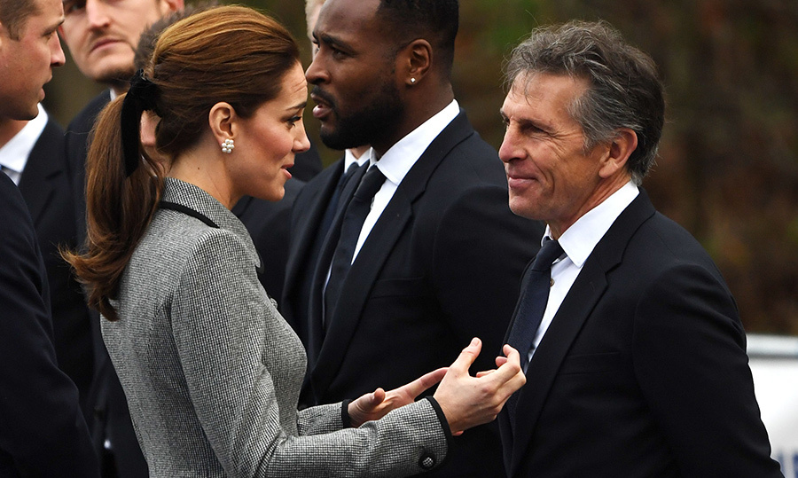 The mother-of-three chatted with Leicester City's French manager Claude Puel during their visit.