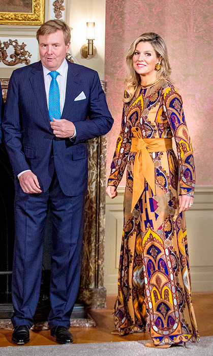 Máxima loves a beautiful pattern just like the rest of us! She donned a gorgeous jumpsuit to welcome the president of Singapore.