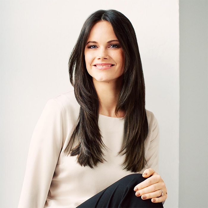 Princess Sofia of Sweden rang in her 34th birthday with a stunning new portrait shared on the Swedish royal Instagram account! The brunette beauty showed off her winning smile and looked elegant as ever in a simple cream blouse and black trousers.