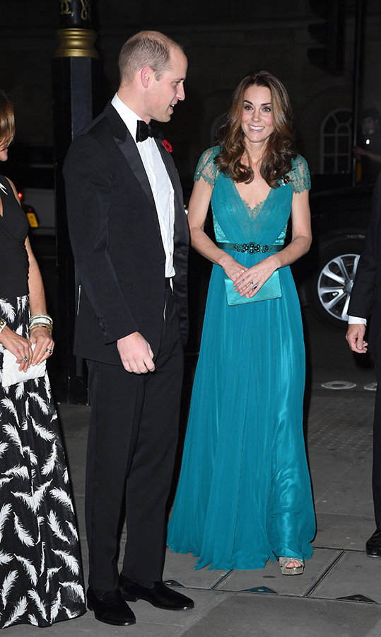 Kate is the queen of recycling amazing outfits, and the Tusk Awards on Nov. 8 were a great example! The 36-year-old wore one of her favourite teal Jenny Packham gowns as she joined her dapper tuxedo-clad husband, Prince William, for the glitzy event at Whitehall's Banqueting House. She wore silver sandals and carried a matching teal clutch.