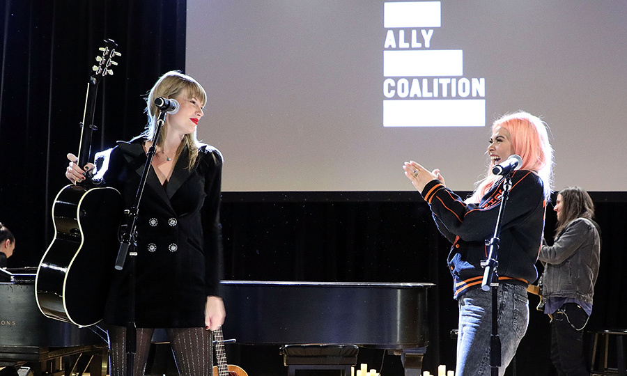 Taylor Swift and Hayley Kiyoko performed during the 2018 Ally Coalition Talent Show on Dec. 5. Of course, they stopped to give each other a round of applause!