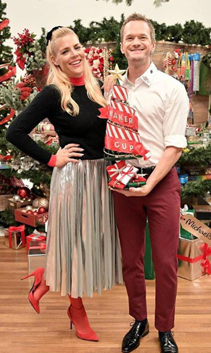 "Busy Philips and Neil Patrick Harris decorated trees together ... and we're jealous! ""Had so much fun decorating holiday trees with @BusyPhilipps in our @MichaelsStores MAKE Off! It hardly mattered that it was a competition … or that someone's tree was voted best,"" he wrote on Instagram.