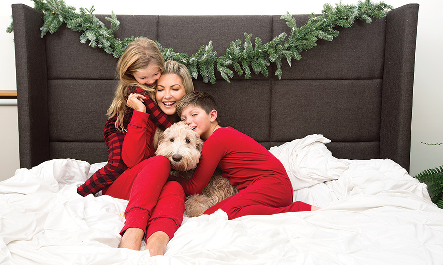 ET's Cheryl Hickey looked cozy as ever with her kids, Jaxson and Nyla, and their family pup!