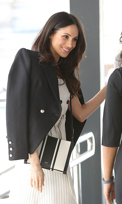 <h2>Accessorizing with a statement</h2>