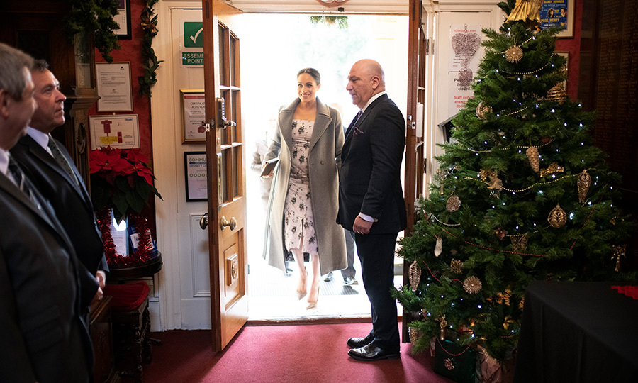 The mom-to-be looked cheery as ever to be visiting the home! Back in November, the Duke and Duchess of Sussex were the guests of honour at the Royal Variety Performance, which benefited the Royal Variety Charity, where they watched Take That and <em>Hamilton</em> cast members perform.