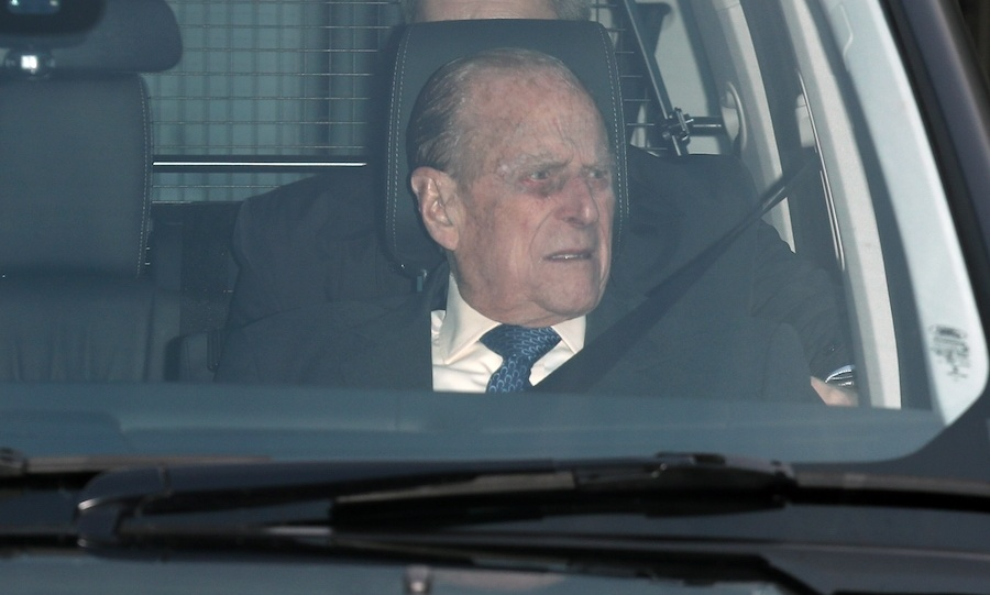 Prince Philip arrived at the palace to join his wife for lunch.