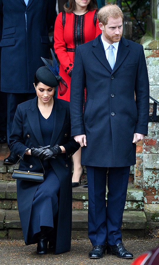 "The duchess gave a deep curtsy to the Queen as she left the church with Prince Harry, showing just <a href=""https://ca.hellomagazine.com/royalty/02018122549170/meghan-markle-christmas-curtsy-to-queen-one-year-later"">how much her curtsy has evolved</a> since first publicly bowing exactly one year ago!