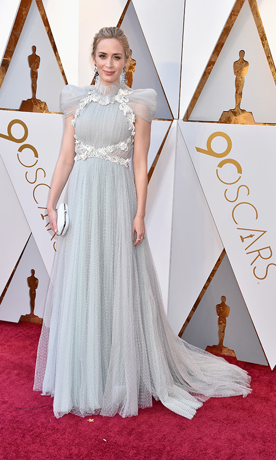 <h2>EMILY BLUNT</h2>