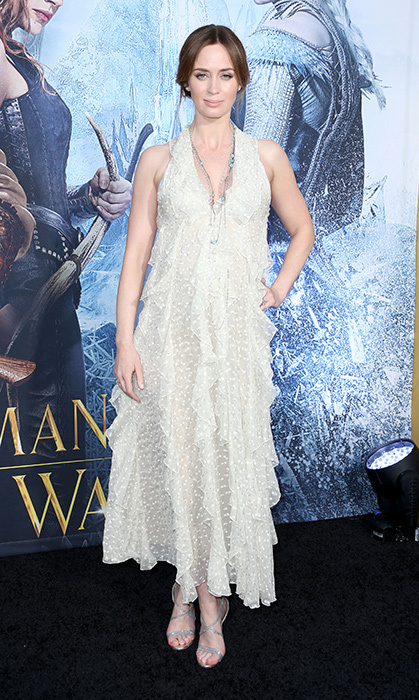 Emily's outfit was straight out of a winter wonderland as she stunned in ethereal Valentino for the premiere of <em>The Huntsman: Winter's War</em>. She kept her locks up in a low bun, finishing off the look with a simple long necklace.