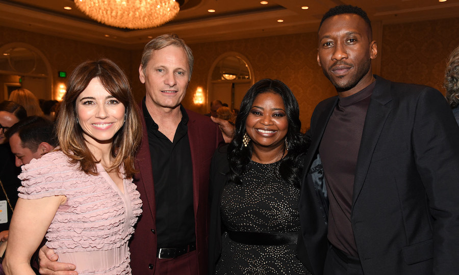 "Actors Linda Cardellini, Viggo Mortensen, Octavia Spencer, and Mahershala Ali stopped to ""cheese"" for a snap at the AFI Awards. The incredible quad star together in the critically acclaimed dramedy <em>Green Book</em>.