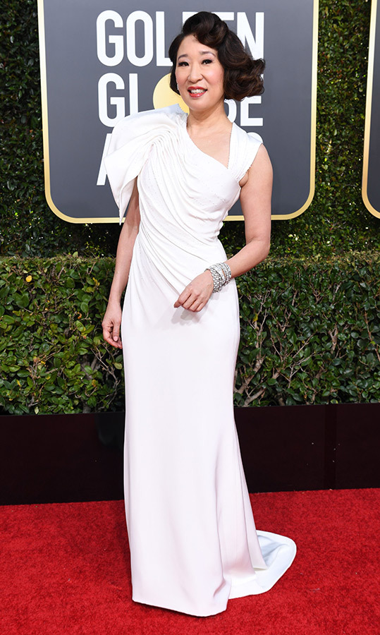 Sandra Oh in Versace