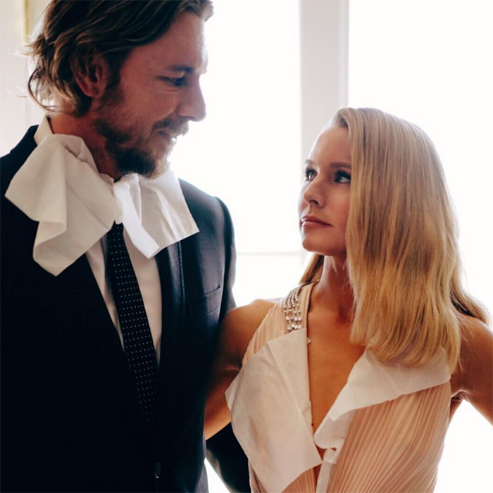 "Dax Shepard and Kristen Bell made sure to wear homemade bibs while eating in their Golden Globes outfits. ""Power Couple. Let's hope they're serving Red Lobster,"" Kristen joked on Instagram.